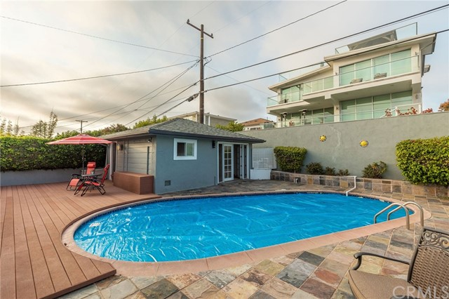 Active Under Contract | 323 Avenue G Redondo Beach, CA 90277 19