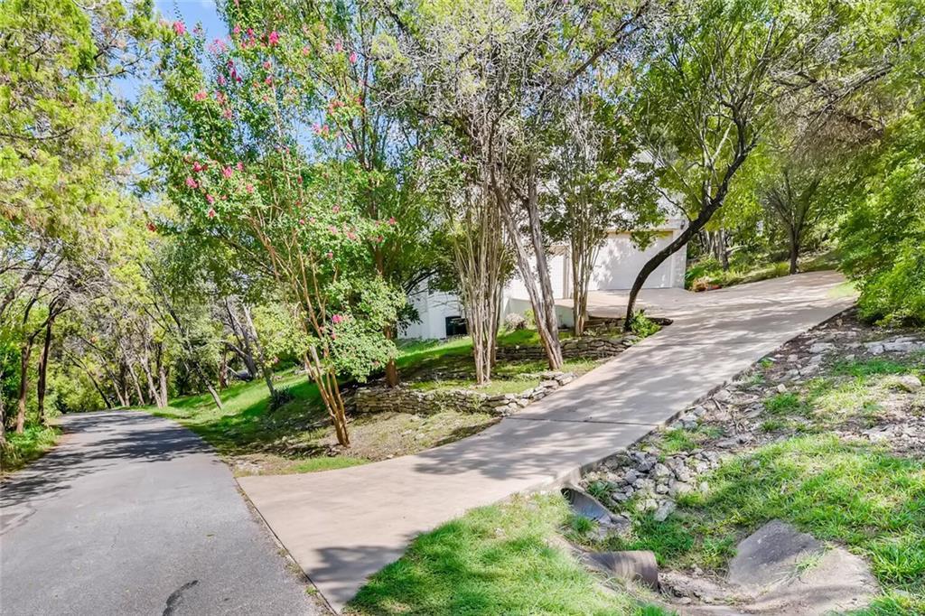 Active | 706 Terrace Mountain Drive West Lake Hills, TX 78746 6