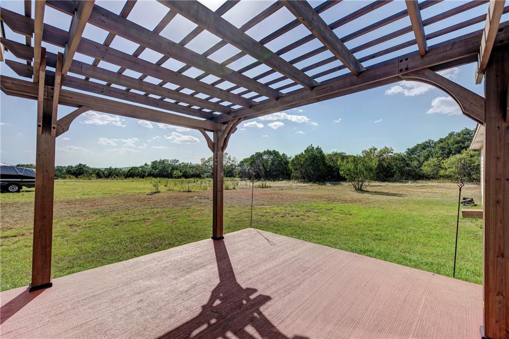 Pending | 2301 Redbird Cove Lago Vista, TX 78645 24
