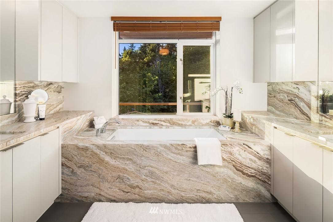Sold Property | 1206 NW Culbertson Drive Seattle, WA 98177 16