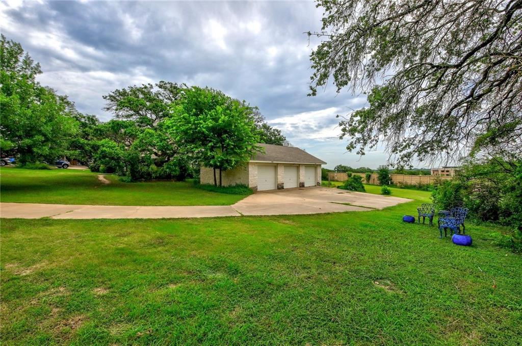 Closed | 121 E Legend Oaks Drive Georgetown, TX 78628 4