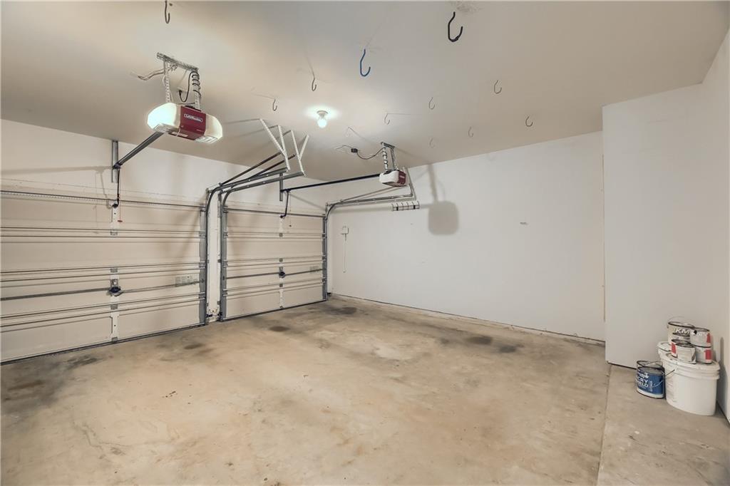 ActiveUnderContract | 4620 Hibiscus Valley Drive Austin, TX 78739 39