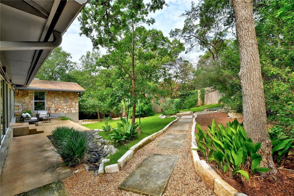 Active | 2645 Barton Hills Drive Austin, TX 78704 22