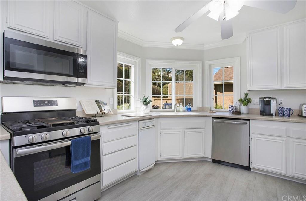 Single Family Home in Mission Viejo | 22141 Cosala Mission Viejo, CA 92691 9