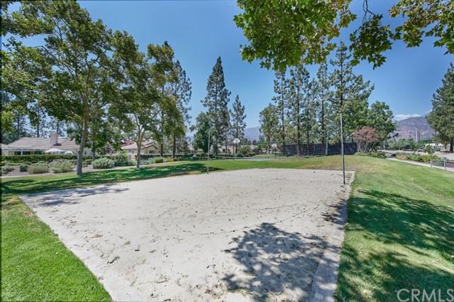 Active | 1216 Creekside Court Upland, CA 91784 41