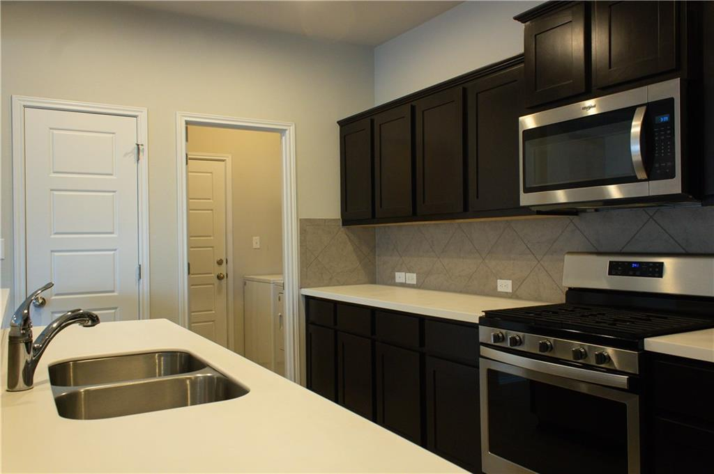 Pending | 1113 Chad Drive Round Rock, TX 78665 6