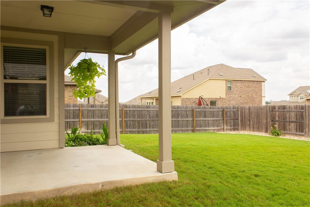 Pending | 1113 Chad Drive Round Rock, TX 78665 16