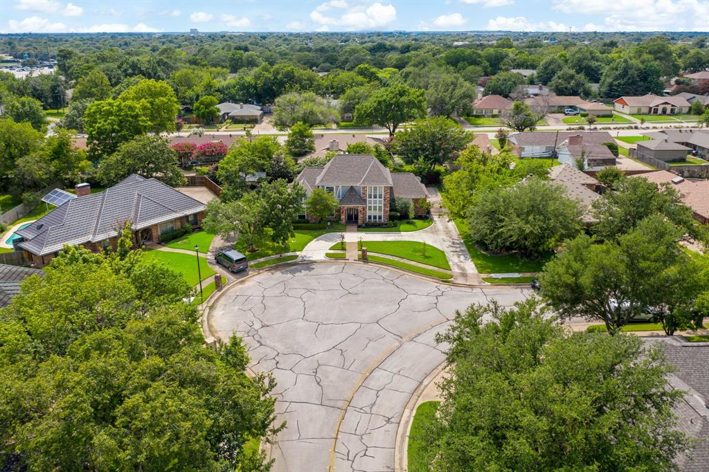 Sold Property   2505 Stonegate Drive Bedford, Texas 76021 2