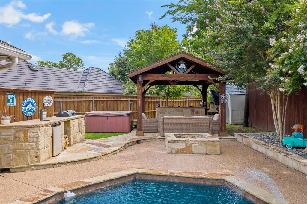 Sold Property   2505 Stonegate Drive Bedford, Texas 76021 32