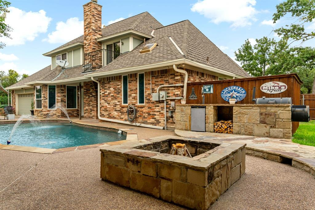 Sold Property   2505 Stonegate Drive Bedford, Texas 76021 33
