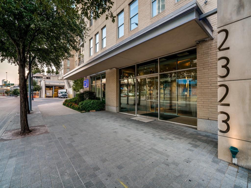 Active | 2323 N Houston Street #704 Dallas, Texas 75219 2