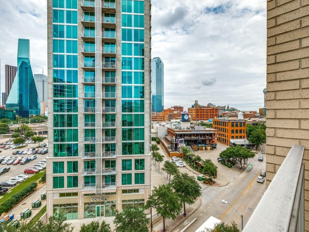 Active | 2323 N Houston Street #704 Dallas, Texas 75219 28