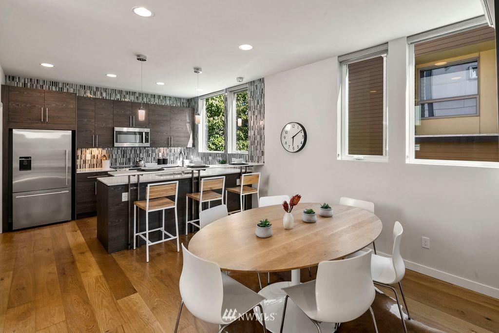 Sold Property | 2433 NW 62nd Street Seattle, WA 98107 8