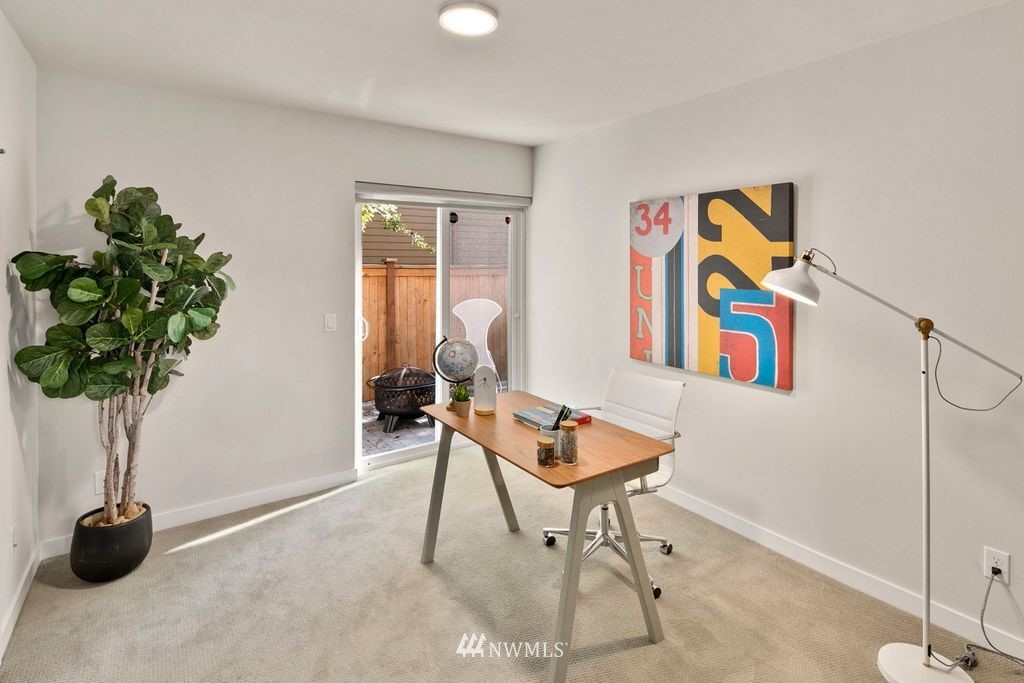 Sold Property | 2433 NW 62nd Street Seattle, WA 98107 15