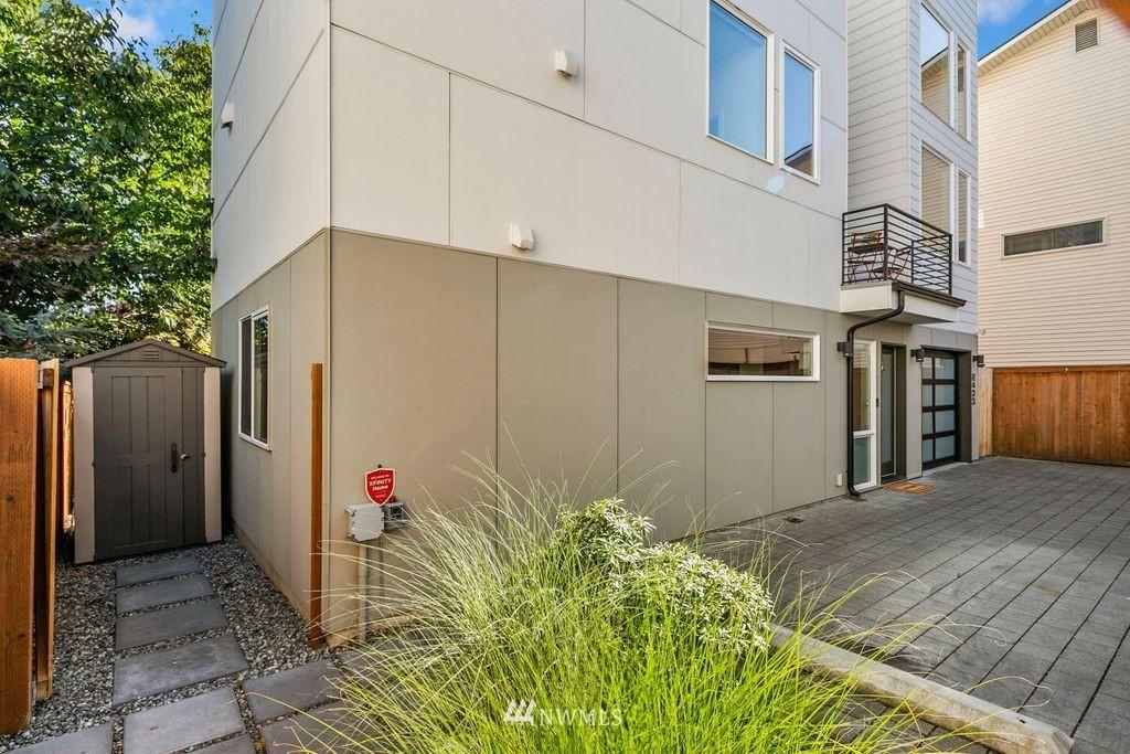 Sold Property | 2433 NW 62nd Street Seattle, WA 98107 23