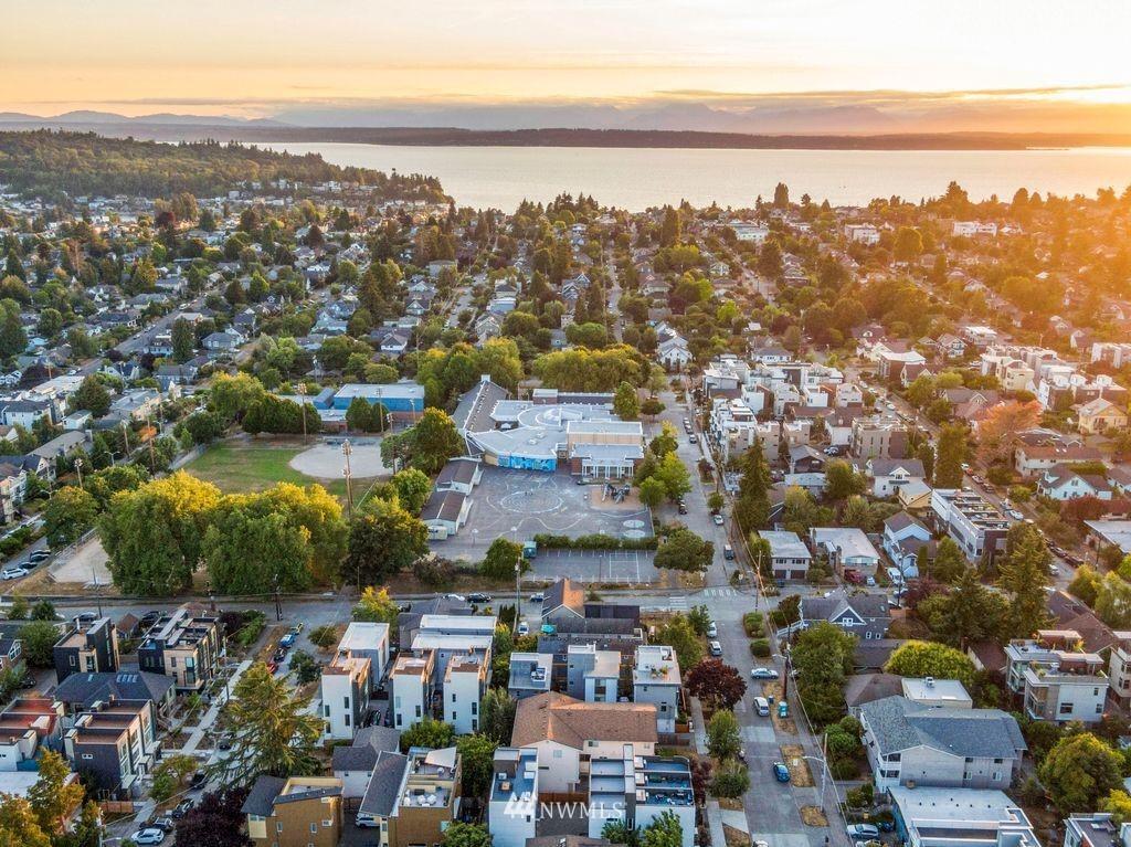 Sold Property | 2433 NW 62nd Street Seattle, WA 98107 25