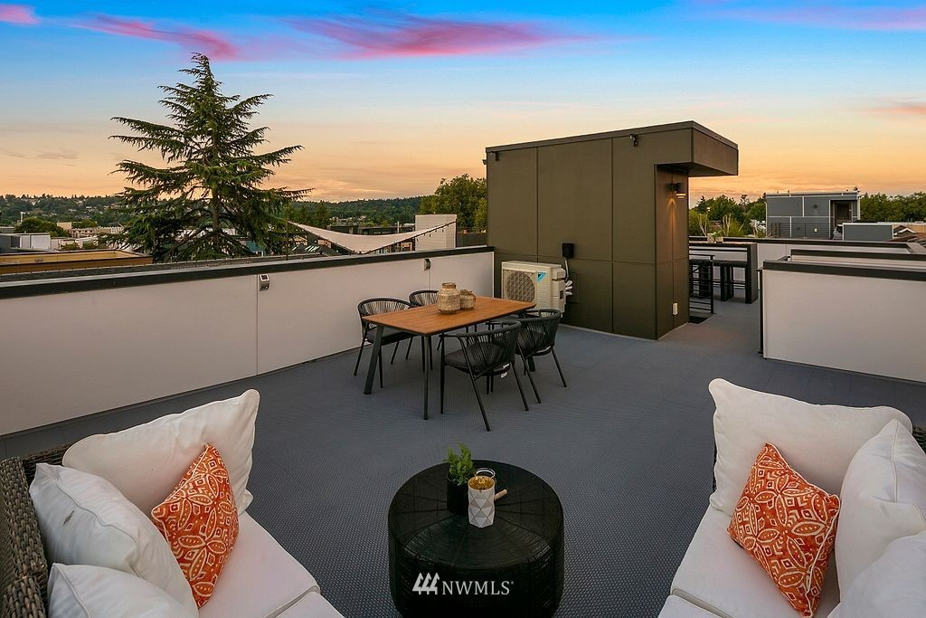 Sold Property | 2433 NW 62nd Street Seattle, WA 98107 20