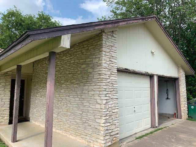 Closed   2108 Lampwick Circle Austin, TX 78727 5