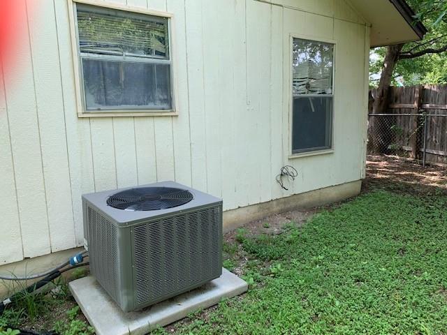 Closed   2108 Lampwick Circle Austin, TX 78727 7