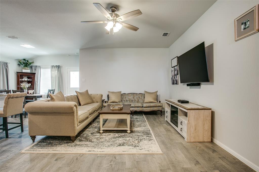 Sold Property | 9240 Herringbone Drive Fort Worth, Texas 76131 4