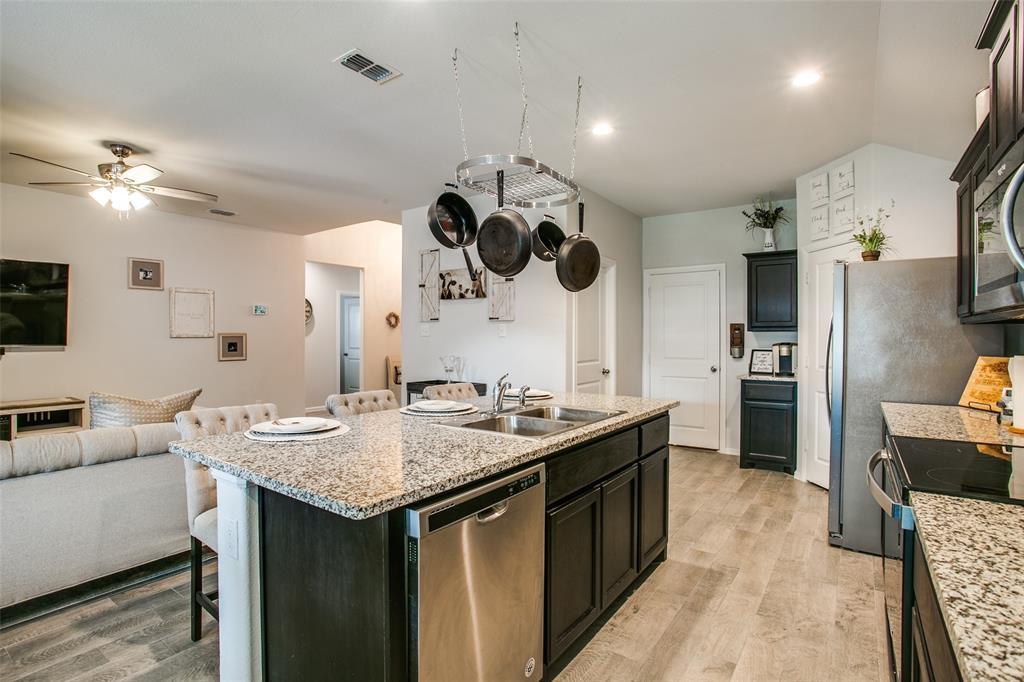 Sold Property | 9240 Herringbone Drive Fort Worth, Texas 76131 8