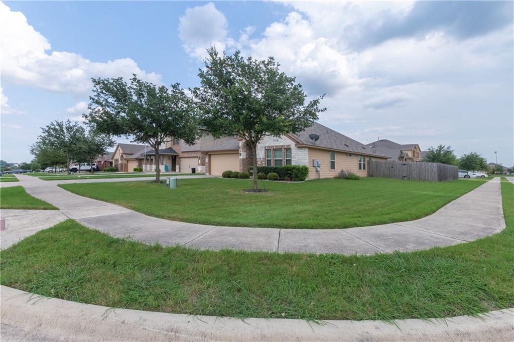 Closed   101 Beargrass Drive Kyle, TX 78640 0