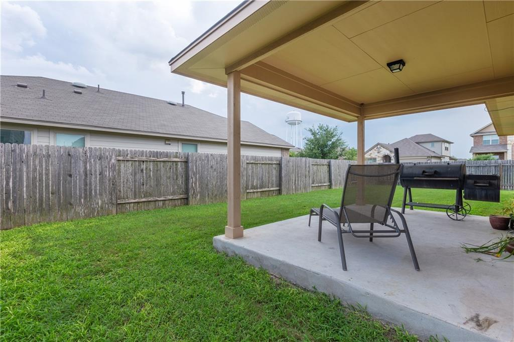 Closed   101 Beargrass Drive Kyle, TX 78640 18