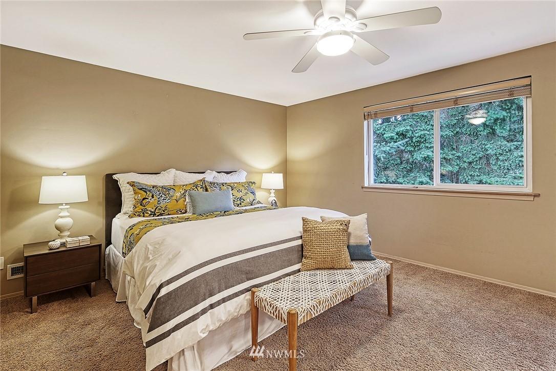 Sold Property | 722 N 188th Street Shoreline, WA 98133 15