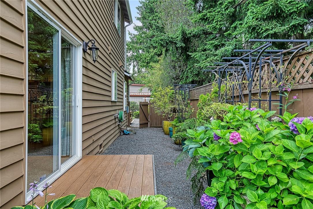 Sold Property | 722 N 188th Street Shoreline, WA 98133 27