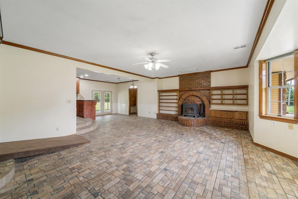 Active   17222 Stonehedge Court Claremore, Oklahoma 74017 44