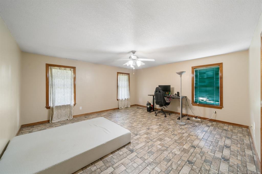 Active   17222 Stonehedge Court Claremore, Oklahoma 74017 8