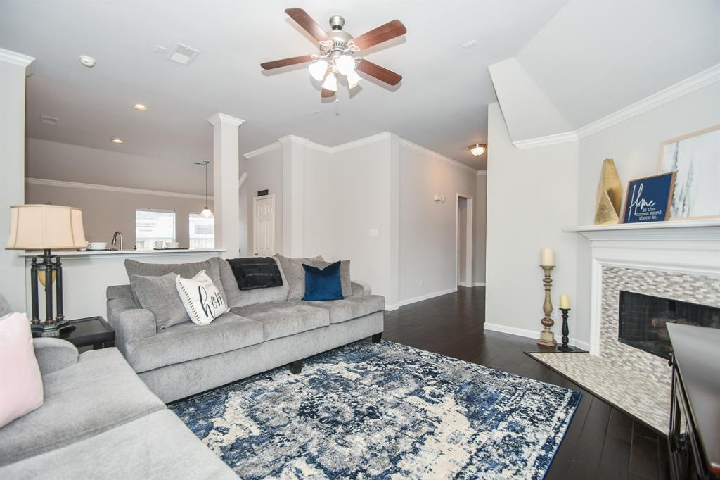 Option Pending | 2202 Cambridge Shores Lane Pearland, Texas 77584 10