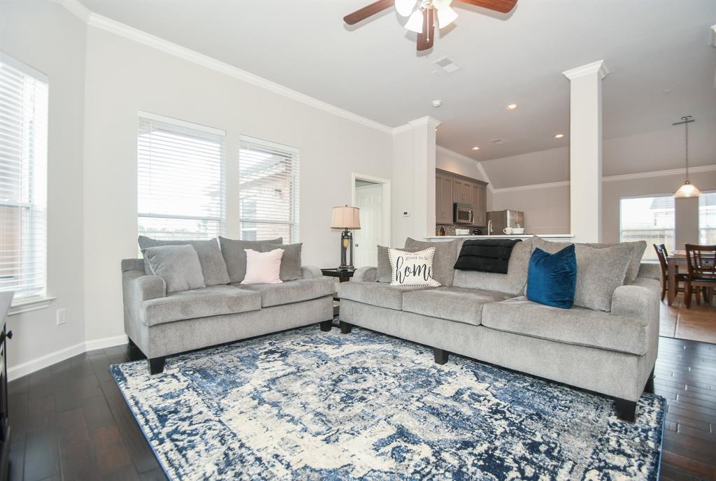 Option Pending | 2202 Cambridge Shores Lane Pearland, Texas 77584 11