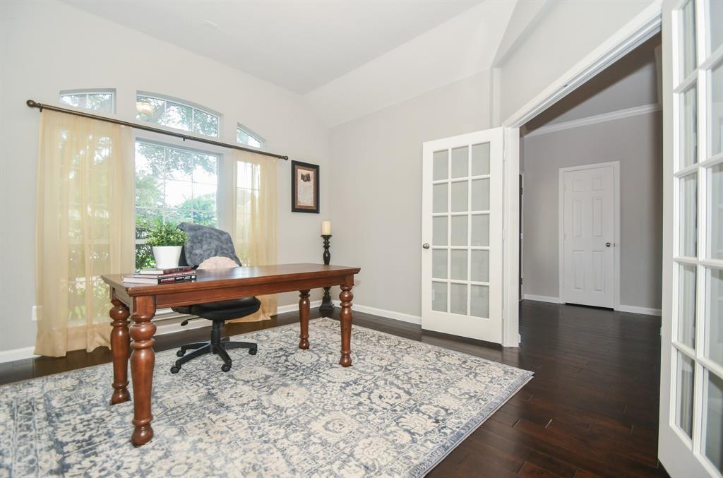 Option Pending | 2202 Cambridge Shores Lane Pearland, Texas 77584 5