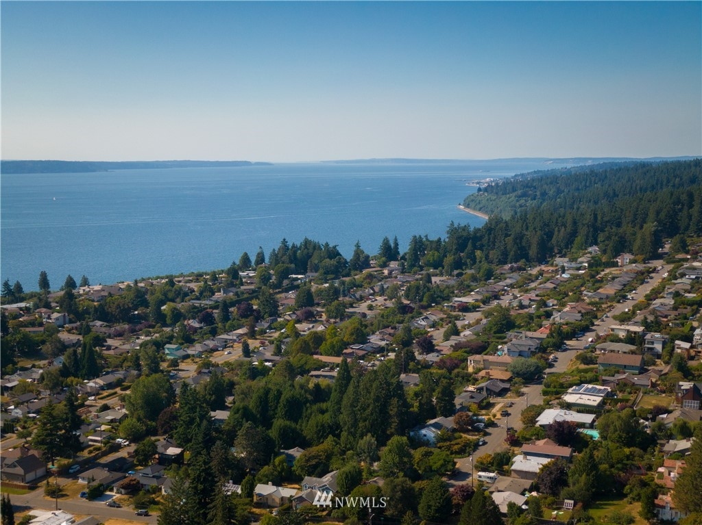 Sold Property   11825 8th Avenue NW Seattle, WA 98177 1