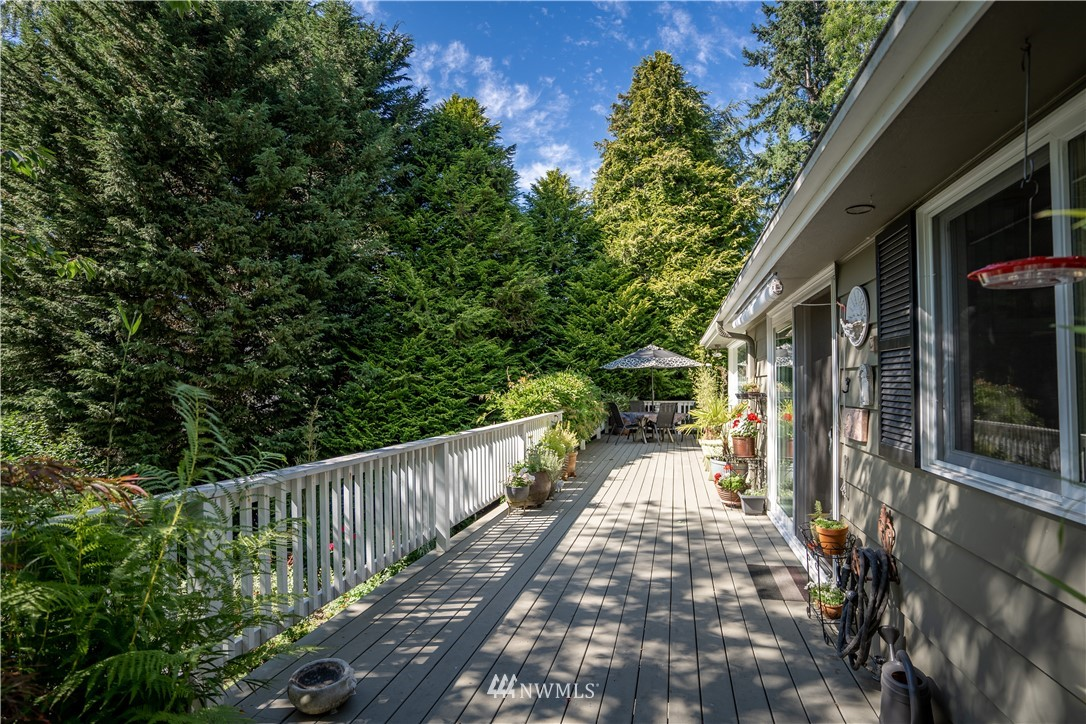 Sold Property   11825 8th Avenue NW Seattle, WA 98177 8