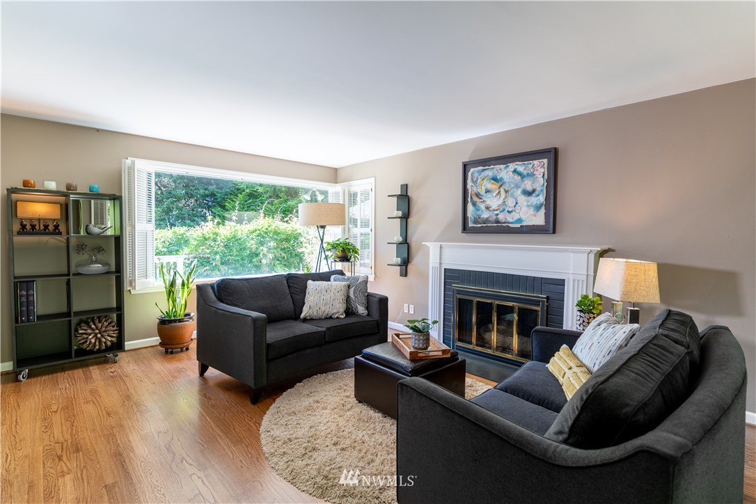 Sold Property   11825 8th Avenue NW Seattle, WA 98177 9