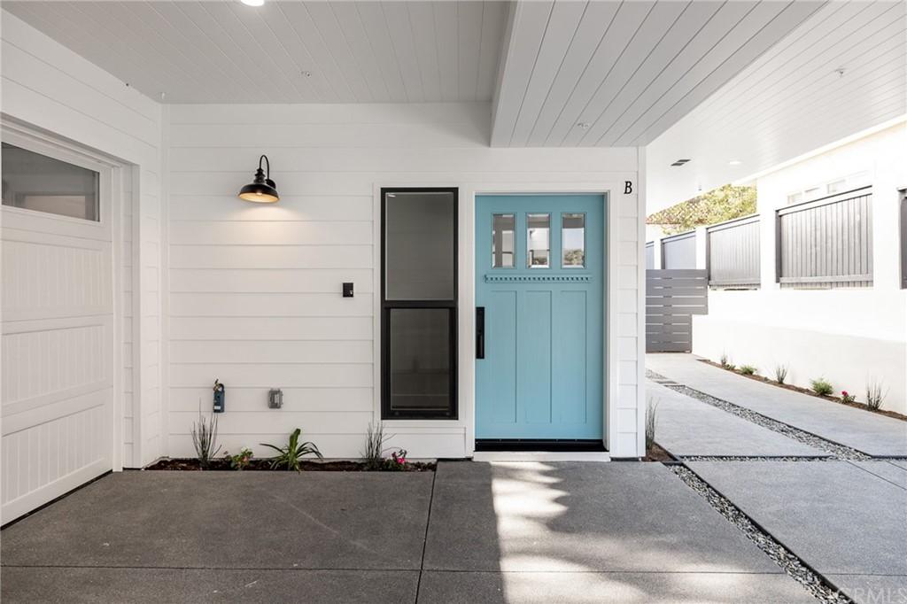 Active   2216 Gates Avenue #B Redondo Beach, CA 90278 21