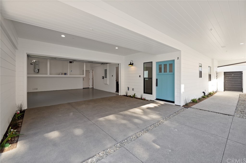 Active   2216 Gates Avenue #B Redondo Beach, CA 90278 23