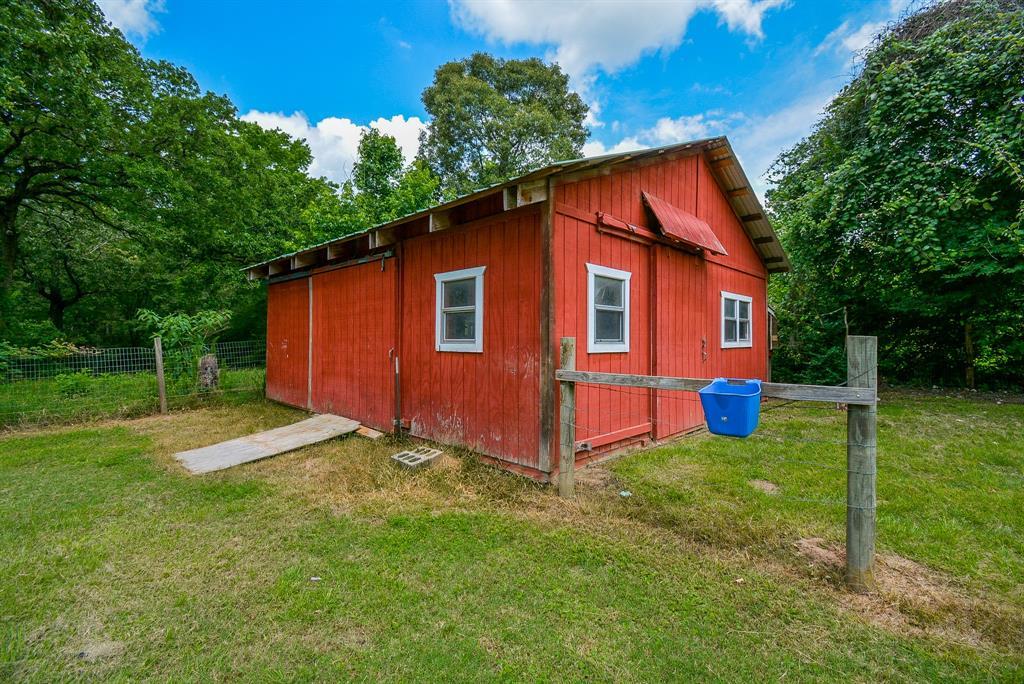 Active | 22903 Edward Lane Tomball, Texas 77377 25