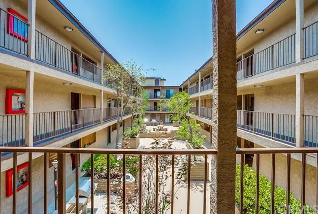 condominium in Gardena | 2501 W Redondo Beach Boulevard #211 Gardena, CA 90249 7