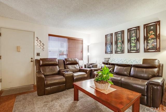 condominium in Gardena | 2501 W Redondo Beach Boulevard #211 Gardena, CA 90249 11