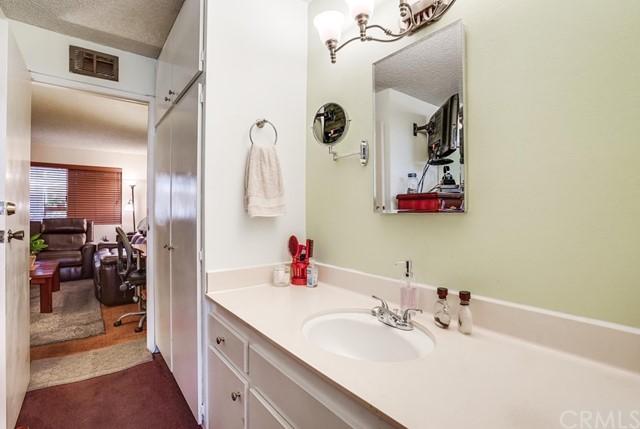 condominium in Gardena | 2501 W Redondo Beach Boulevard #211 Gardena, CA 90249 26