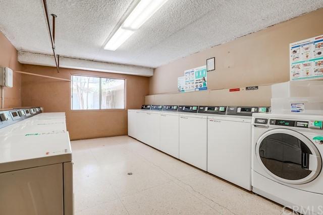 condominium in Gardena | 2501 W Redondo Beach Boulevard #211 Gardena, CA 90249 34