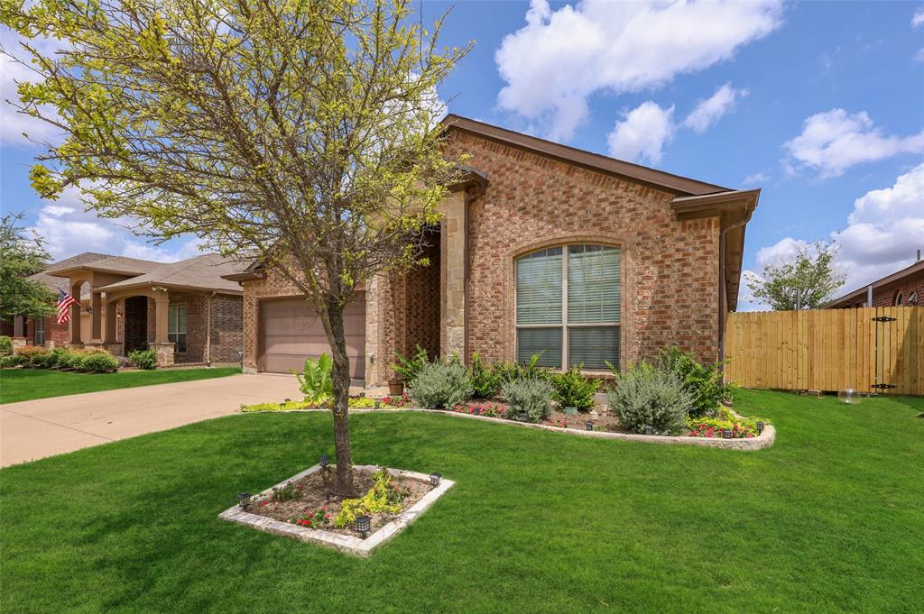 Active Option Contract   504 Branding Iron Trail Fort Worth, Texas 76131 2