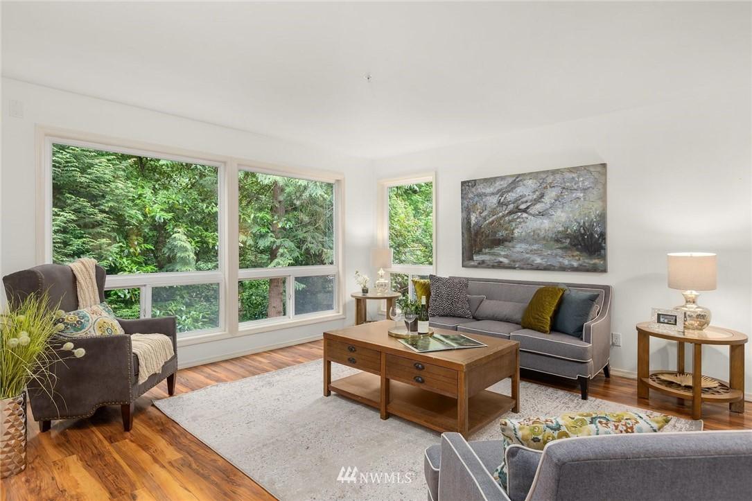 Sold Property | 501 Kirkland Avenue #204 Kirkland, WA 98033 4