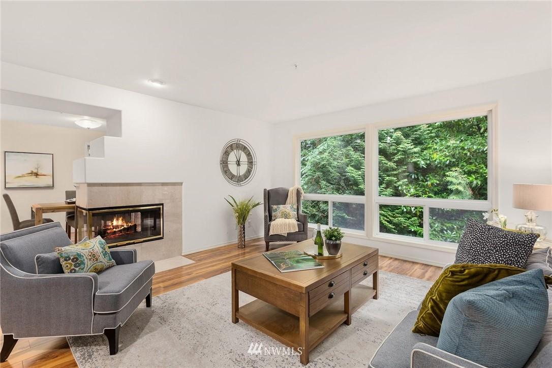 Sold Property | 501 Kirkland Avenue #204 Kirkland, WA 98033 5