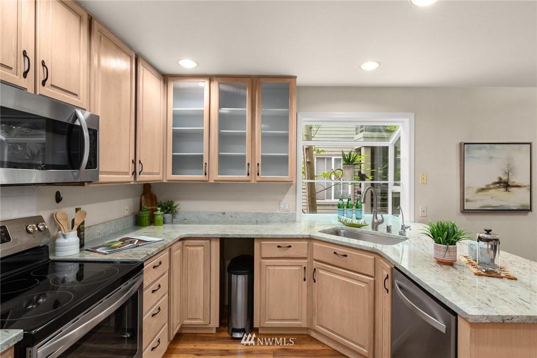 Sold Property | 501 Kirkland Avenue #204 Kirkland, WA 98033 13