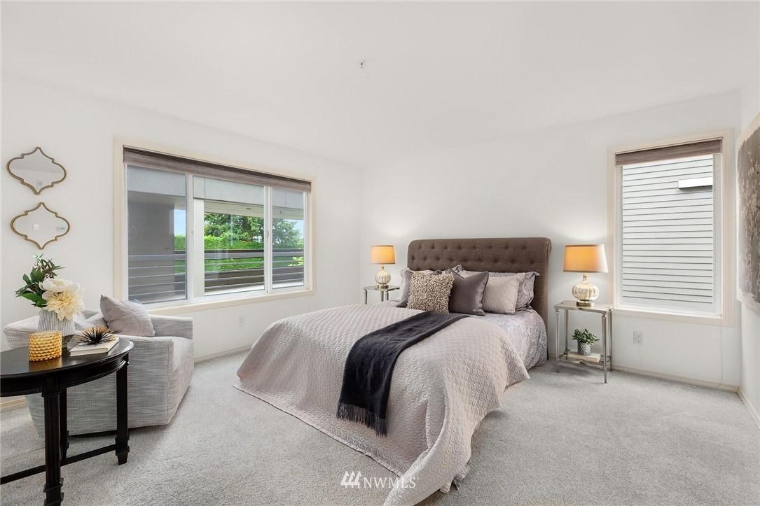 Sold Property | 501 Kirkland Avenue #204 Kirkland, WA 98033 17