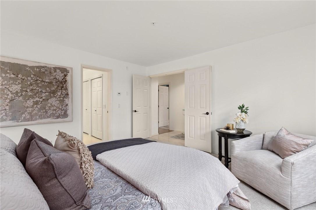 Sold Property | 501 Kirkland Avenue #204 Kirkland, WA 98033 18